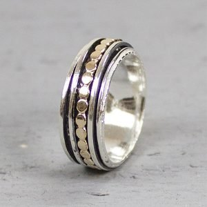 Ring met losse ringetjes en platte balletjes zilver: gold filled 19222