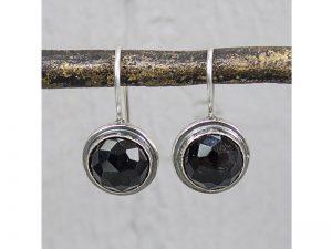 zilveren oorbellen met geslepen onyx Jéh Jewels 16368