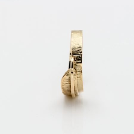 Gouden ring glanzend met mat, handgemaakt