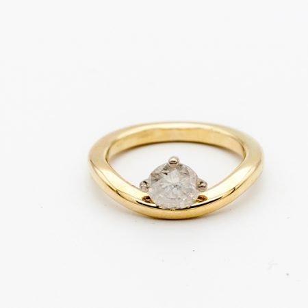 Gouden ring met crushed diamant