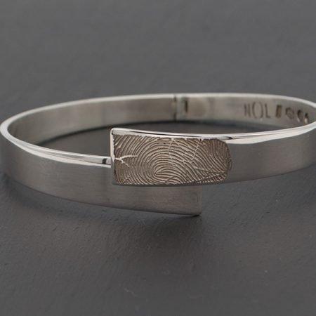 Zilveren armband van nol met vingerafdruk