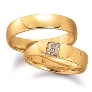Geelgouden trouwringen met briljantjes in een vierkant