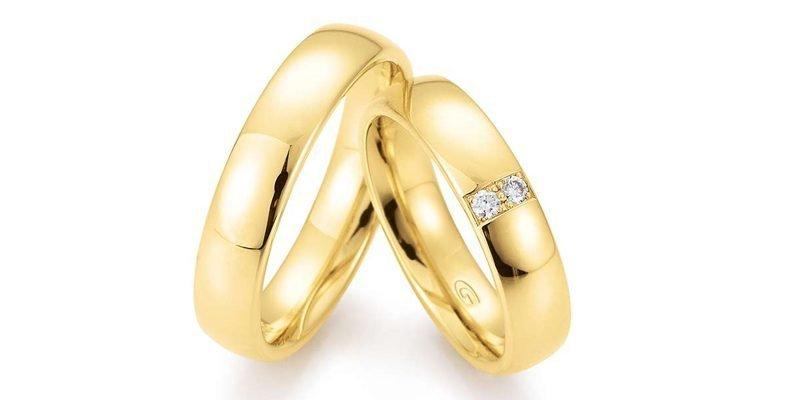 Klassieke-geelgouden-trouwringen