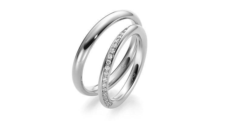 Klassieke-witgouden-ring-met-briljant