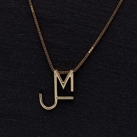 Gouden ketting met letters handgemaakt