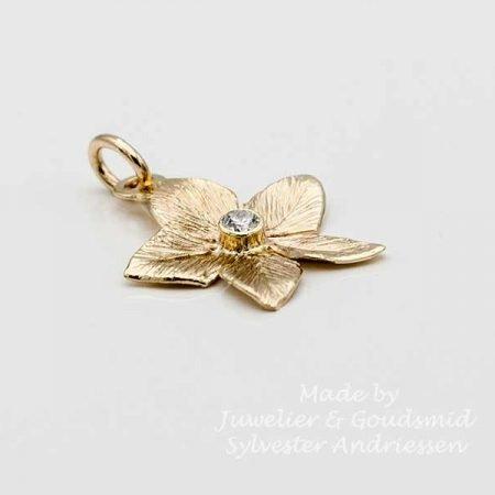 Gouden hanger bloem jasmijn