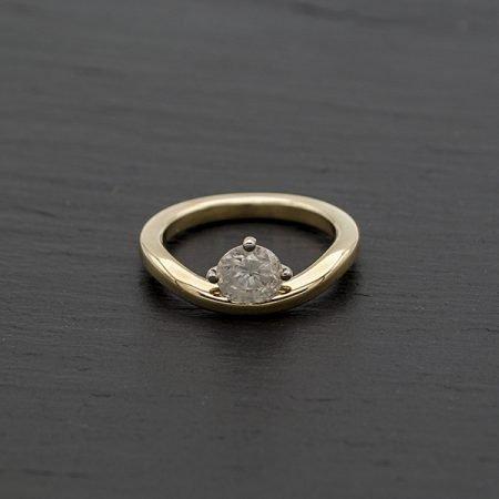 Deze ring kan gemaakt worden van een trouwring
