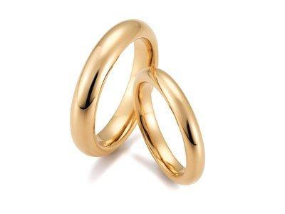 Klassieke gouden trouwring