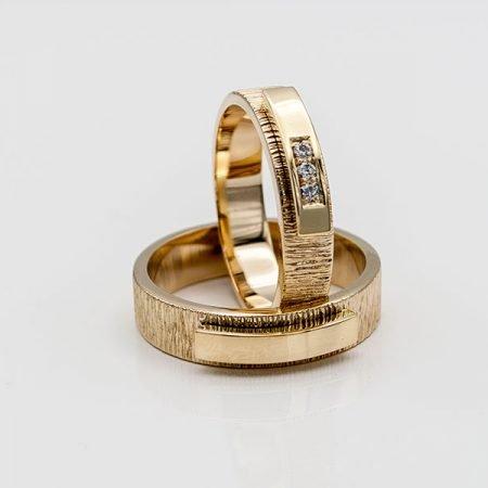 van oude trouwringen nieuwe ringen gemaakt