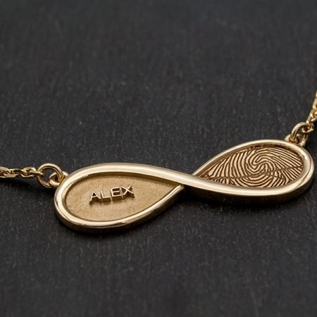infinity hanger goud met vingerafdruk en naam