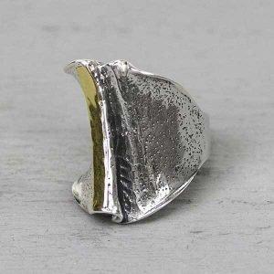 19963-grote-zilveren-ring-met-9-krt-goud