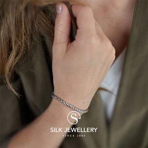 149-silk-armband
