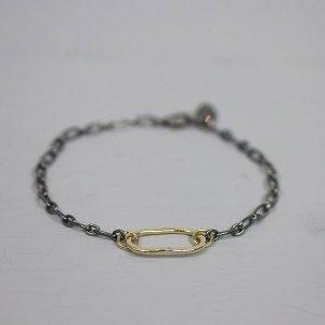 fijn-armbandje-met-stoere-uitstraling-zilver-en-goldfilled-20484