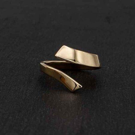 Gouden-moderne-ring-a-symetrisch-handgemaakt