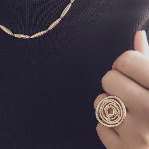 ring-geelgoud-met-draad-rond-groot-model-RM106808-