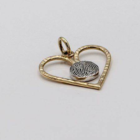 hanger-hartje-goud-en-zilver-met-hamerslag-en-grillige-vorm